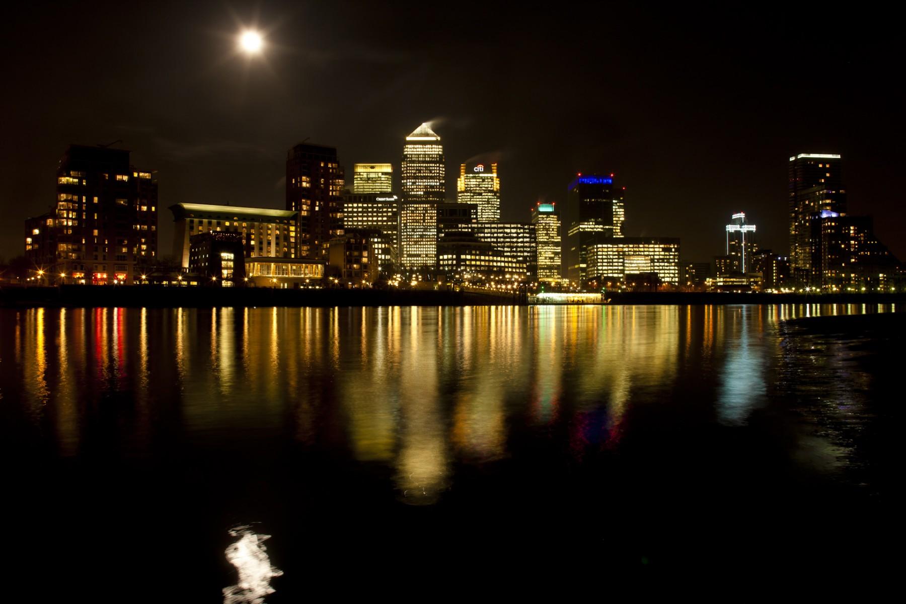 Full Moon Over Canary Wharf