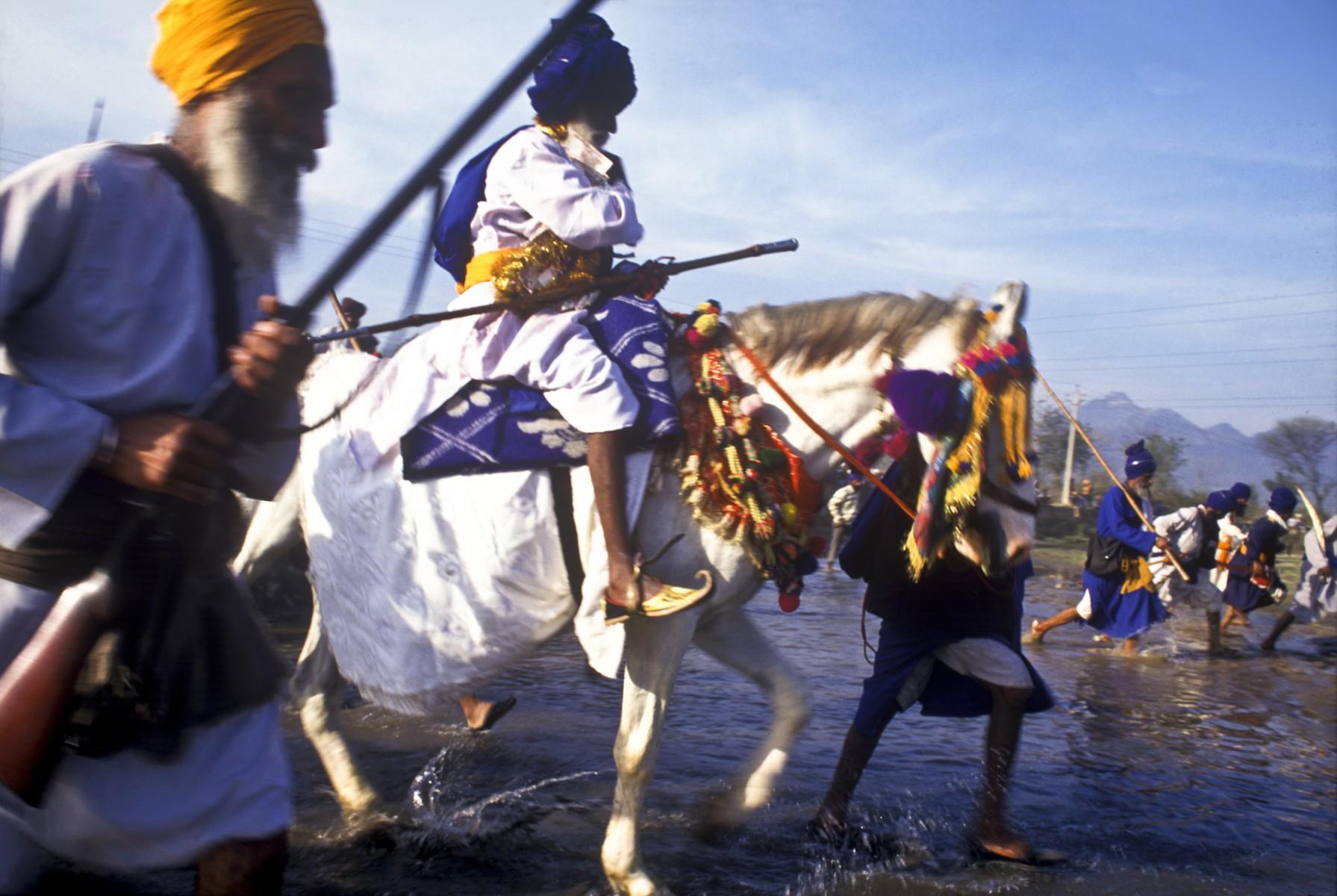Crossing river at Hola Mohalla