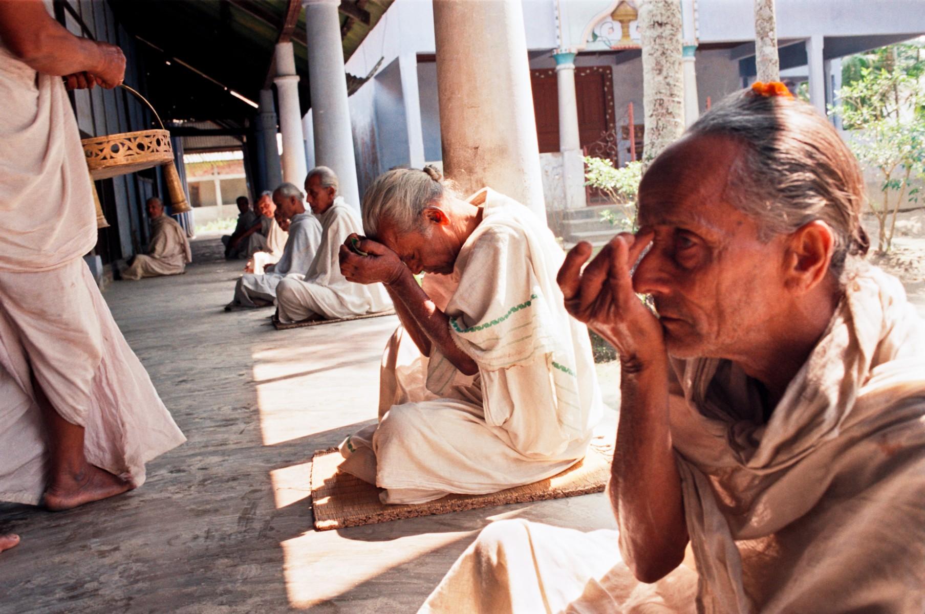 Monks receiving prashad