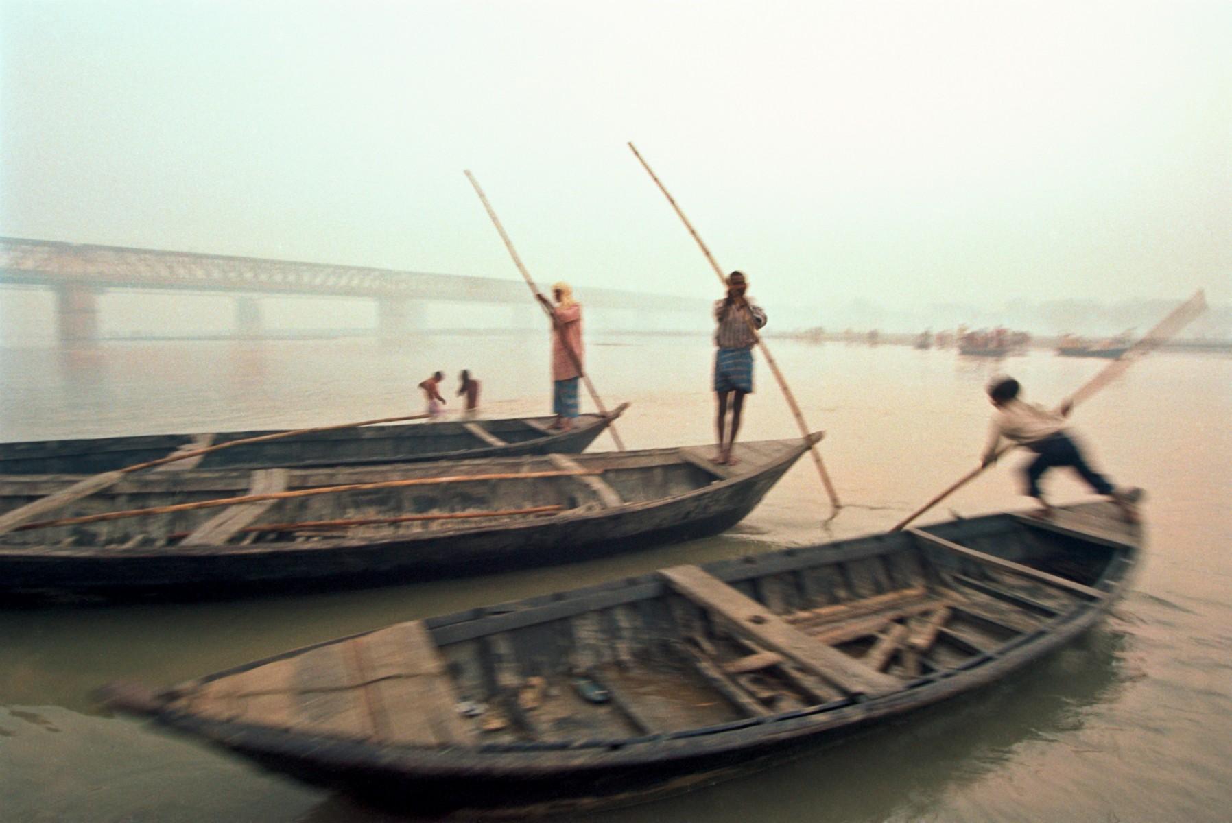Boatmen at Sonepur