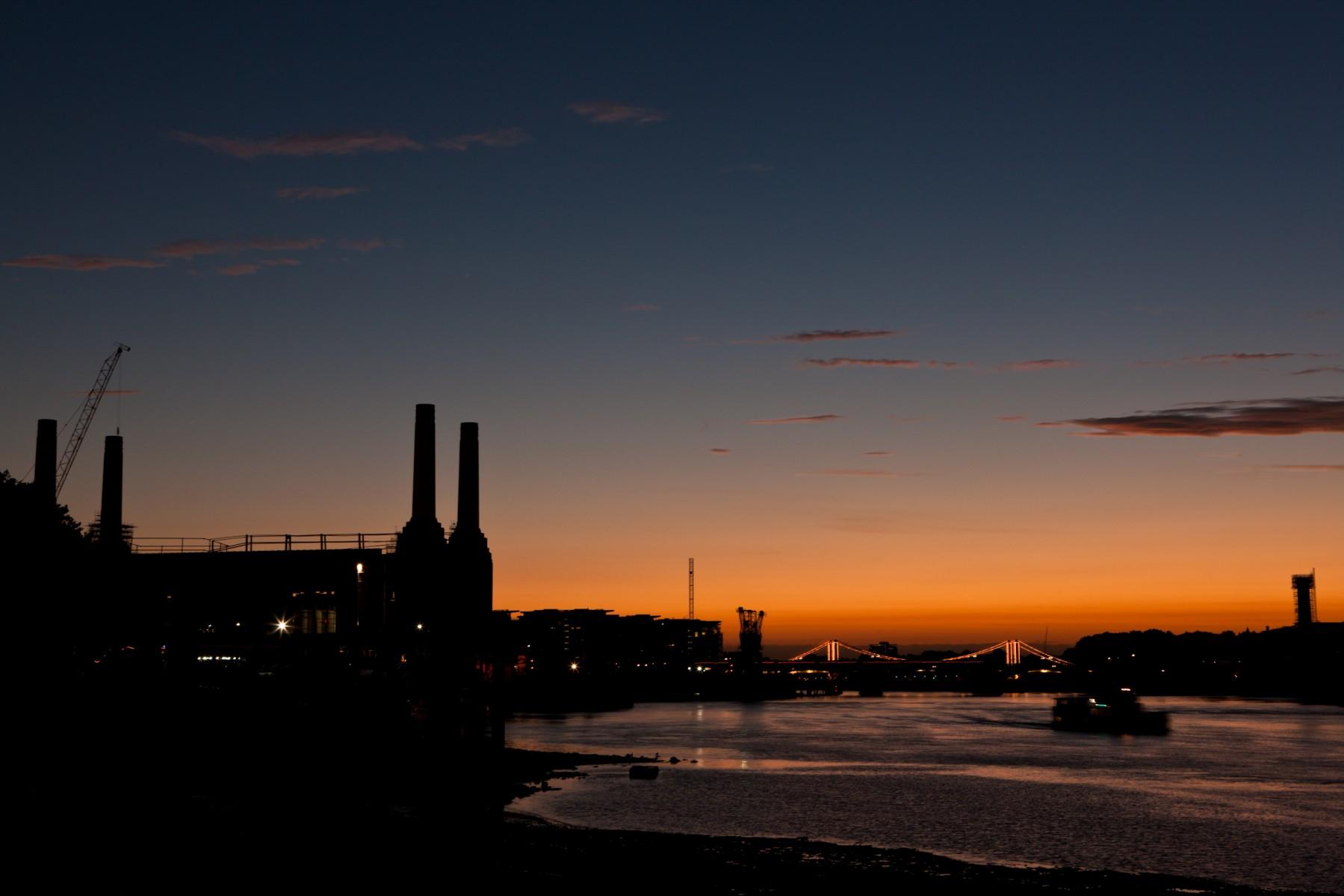 Silhouette of Battersea Power Station