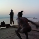 "Nick Fleming and sadhu at dawn on the ghats at Varanasi (<a target=""_blank"" href=""http://dalbirsindia.wordpress.com"">Photo by Dalbir Singh</a>)"