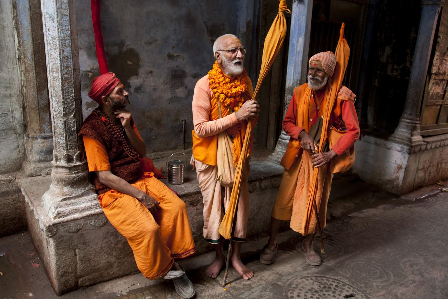 Vaishnavite pilgrims Varanasi