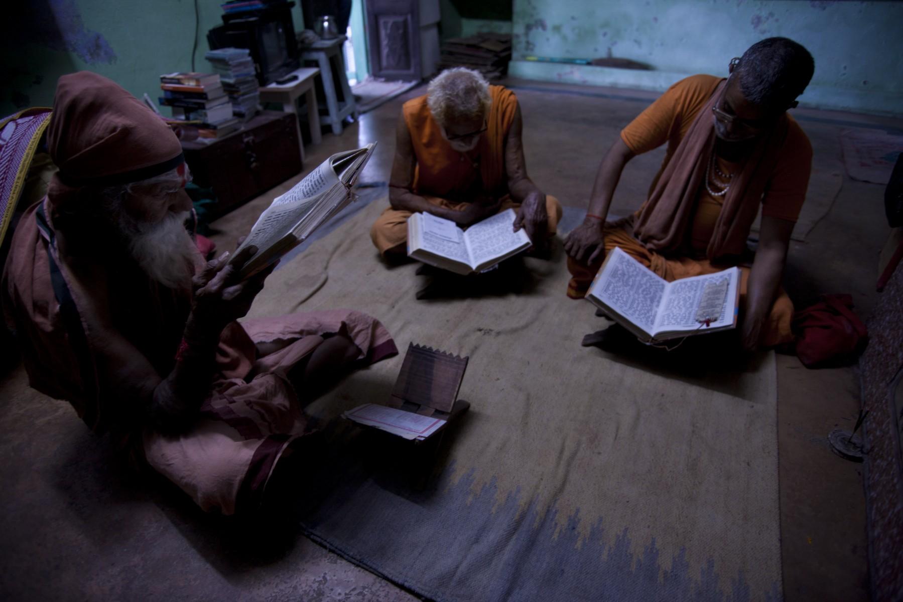 Ramayana reading Varanasi