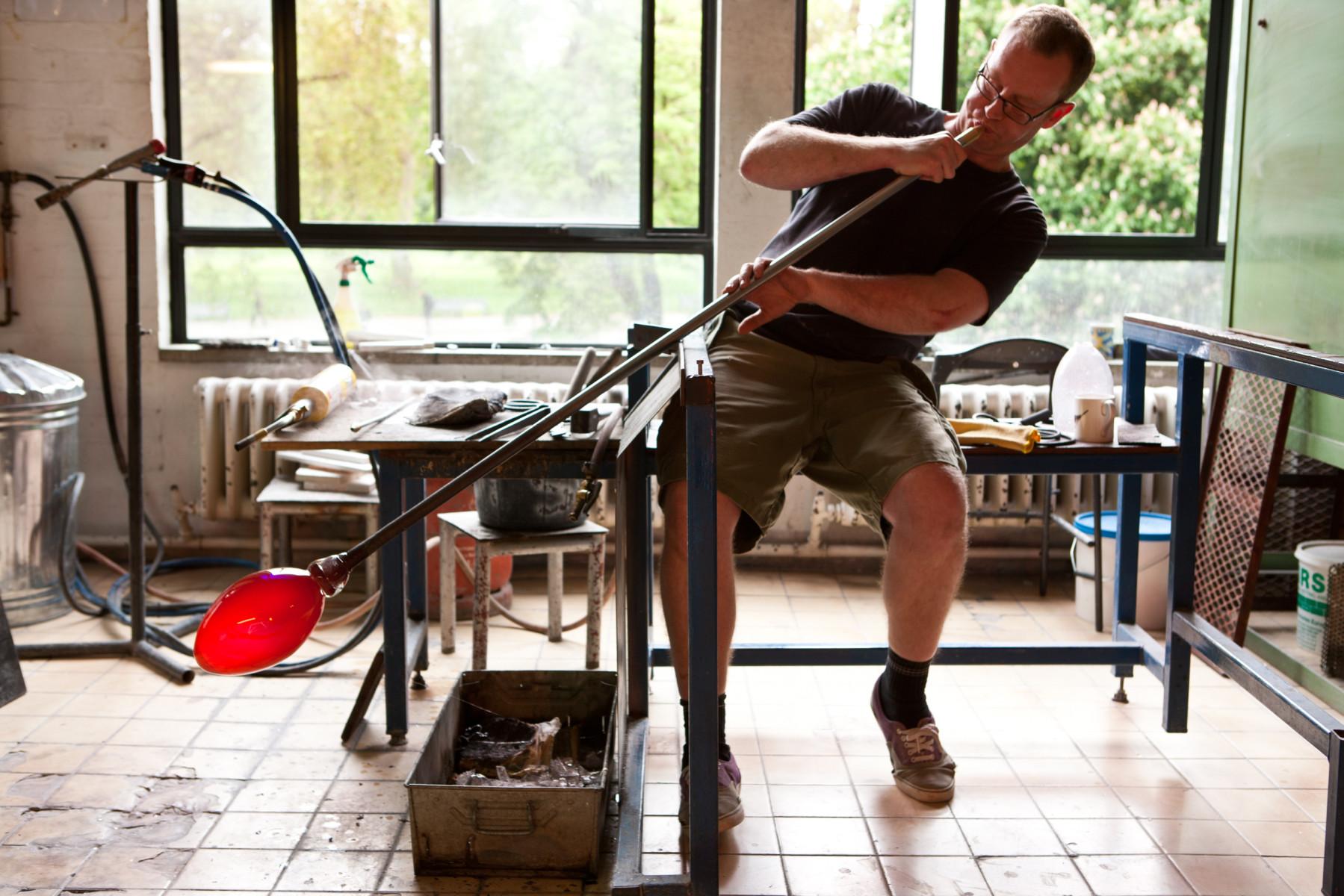 Liam Reeves glassmaker 4