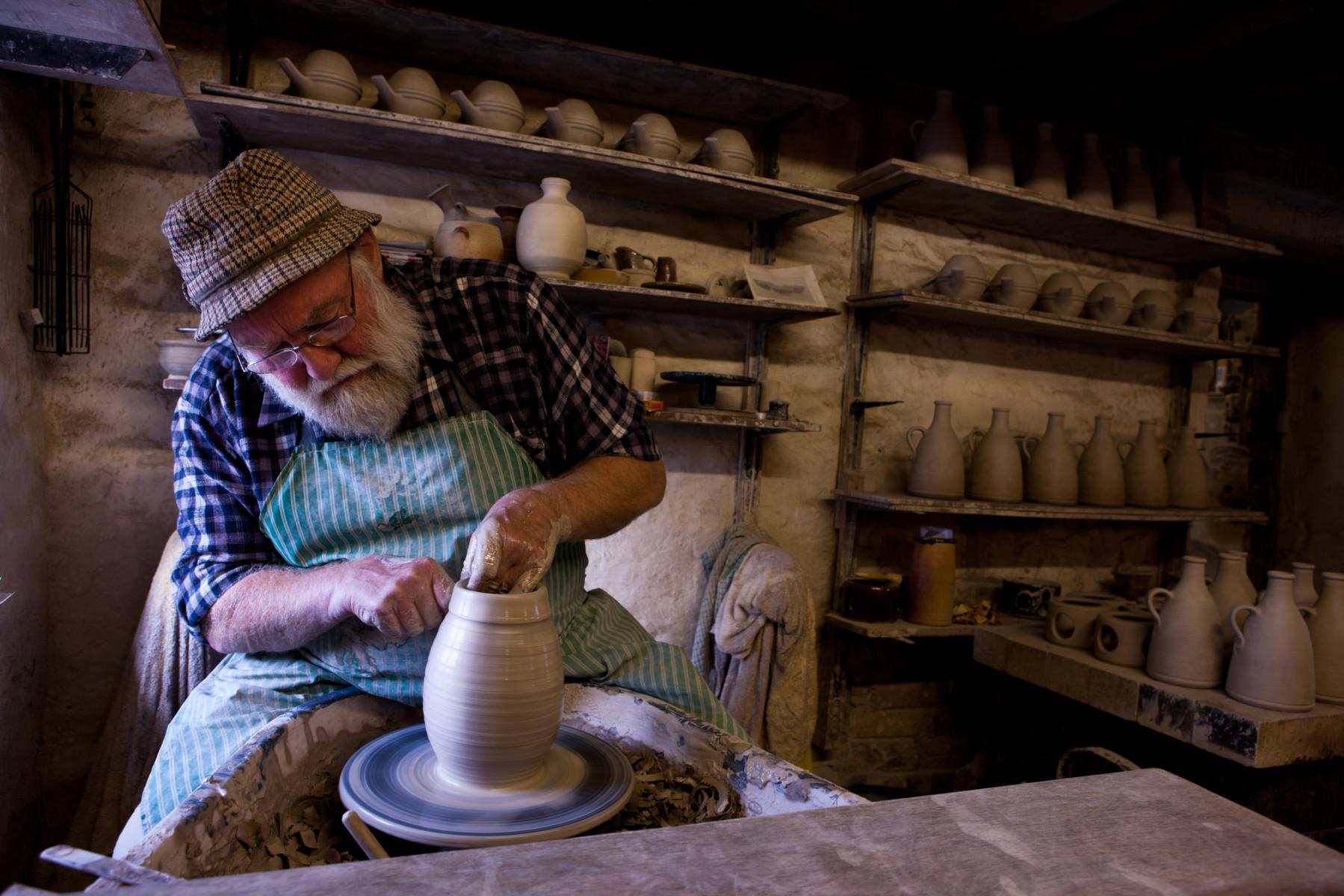 John Leach potter's wheel